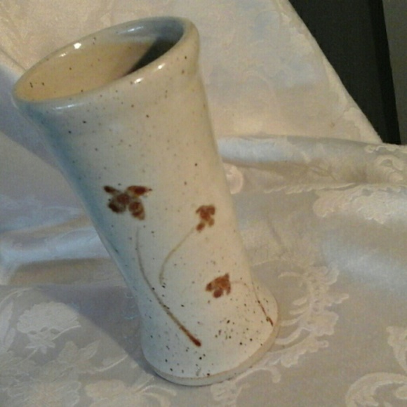 Other - Stoneware Pottery Vase w Detailed Flowers Speckled